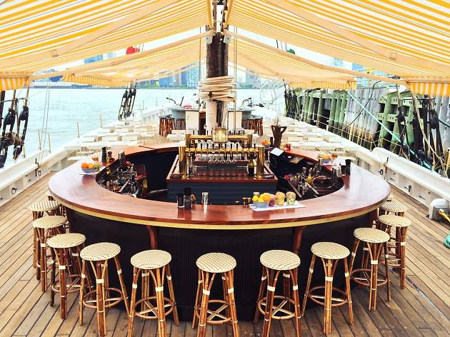 The best boat bars in NYC to drink on the water