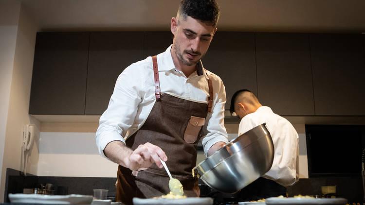 Cardo, experiencia gastronómica de cocina española y mexicana