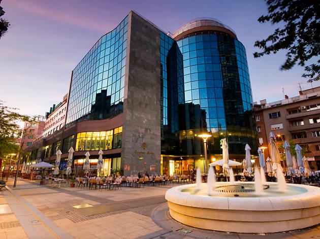 Galleria Business Center