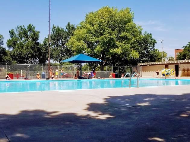 Kent Park Swimming Pool