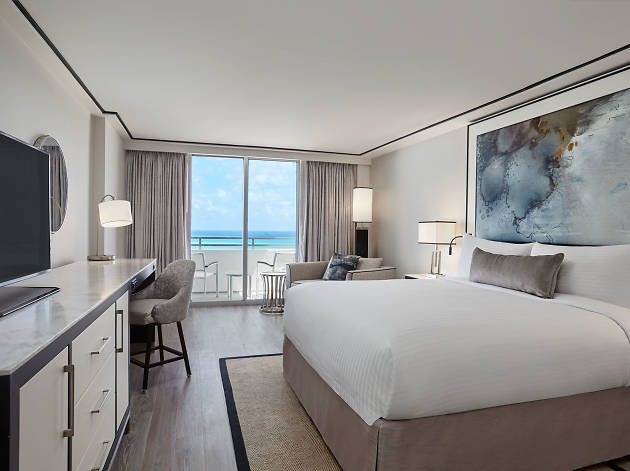 Loews Miami Beach