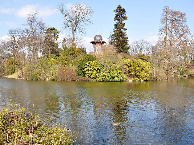 A 'kiosque' by the lake in the Bois de Boulogne in Paris