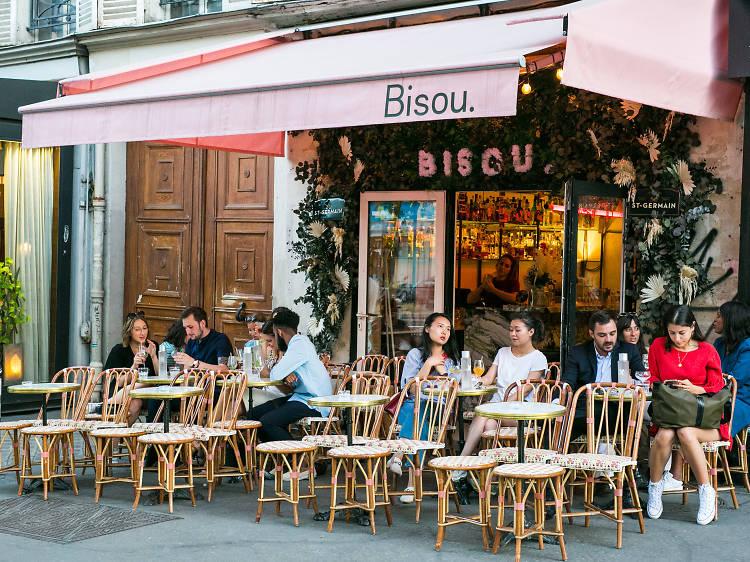Bisou in Paris