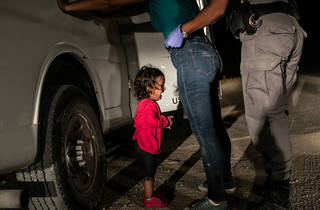 (Foto: Crying Girl on the Border © John Moore/Cortesía World Press Photo)