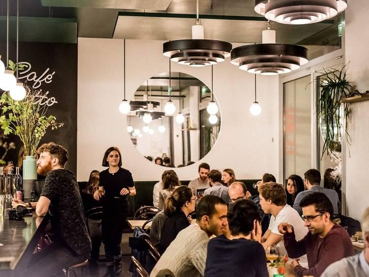 Le Bal Café Otto