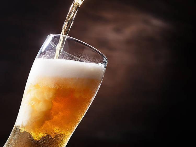 Cata maridaje con cerveza artesanal en Fiebre de Malta