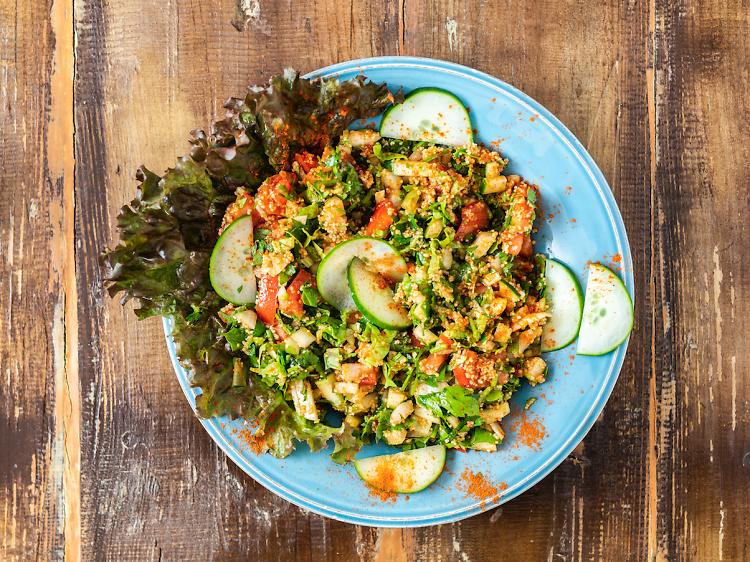 Prove a comida do Médio Oriente no Sabores do Sebouh