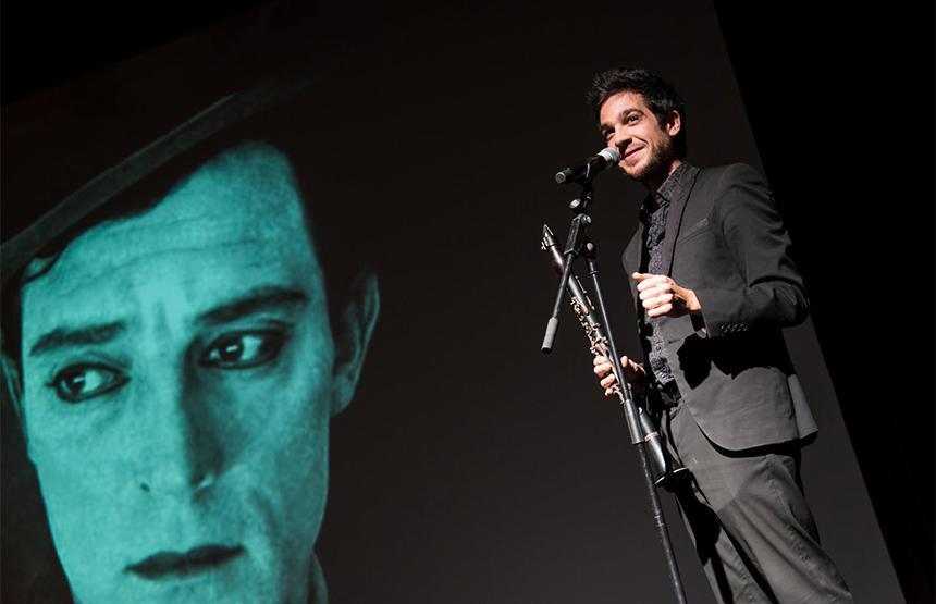 December Quintet posa música a 'El rostre pàl·lid'