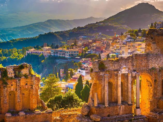 Visit Sicily This Autumn and Get 50 Percent Off Your Flights