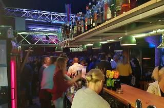 Zeppelin Beach Bar