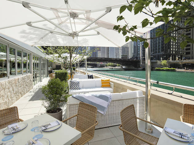 Scope out Pizzeria Portofino's sophisticated riverfront patio