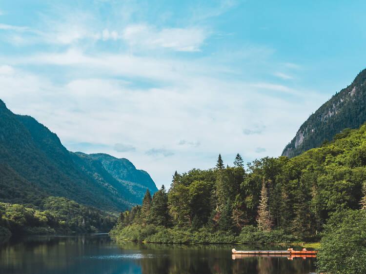Montagnes et lacs du Bouclier canadien