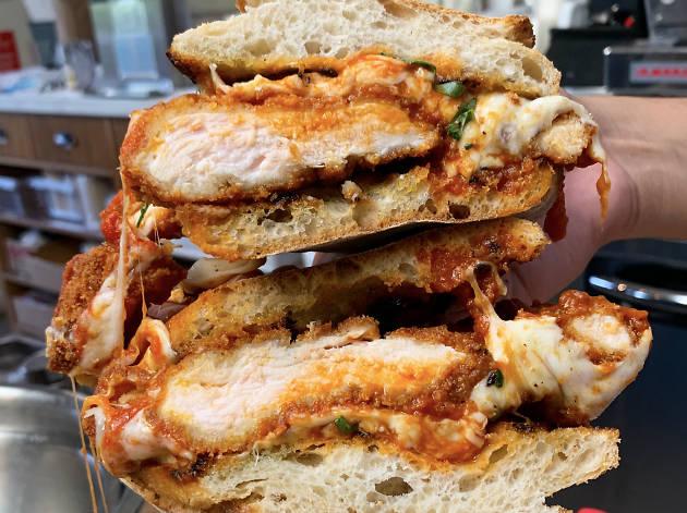 Lupetti Pizzeria best chicken parmesan in Los Angeles