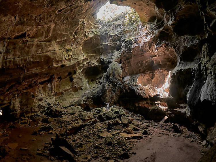 Bajo las Cuevas de Mantetzulel