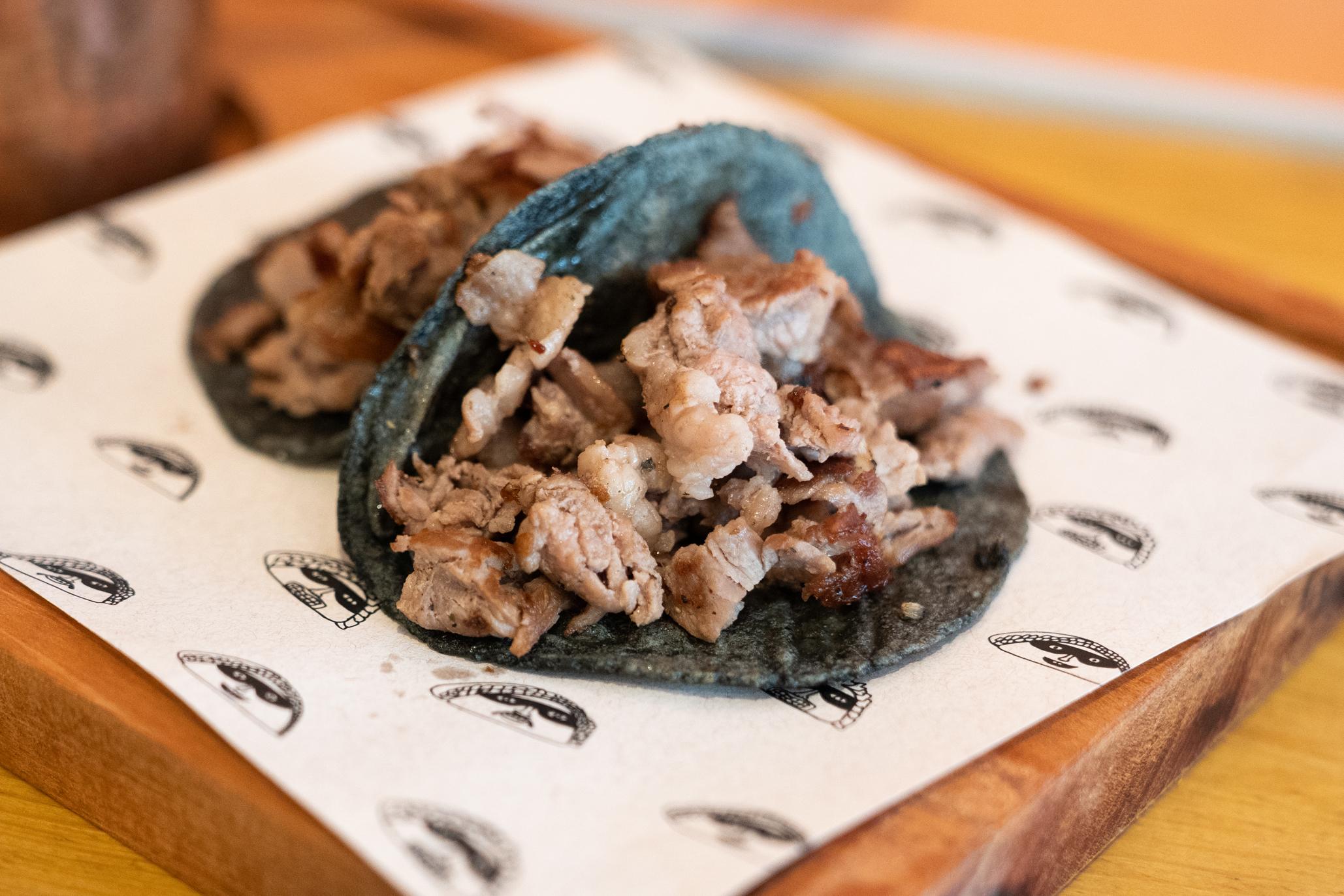 Los Villanos, taquería de tacos al pastor de carbón en Polanco