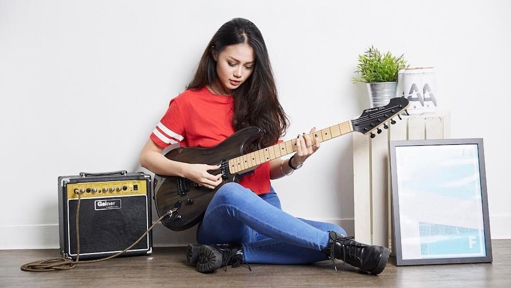 6 Places To Go For Guitar Lessons In Singapore