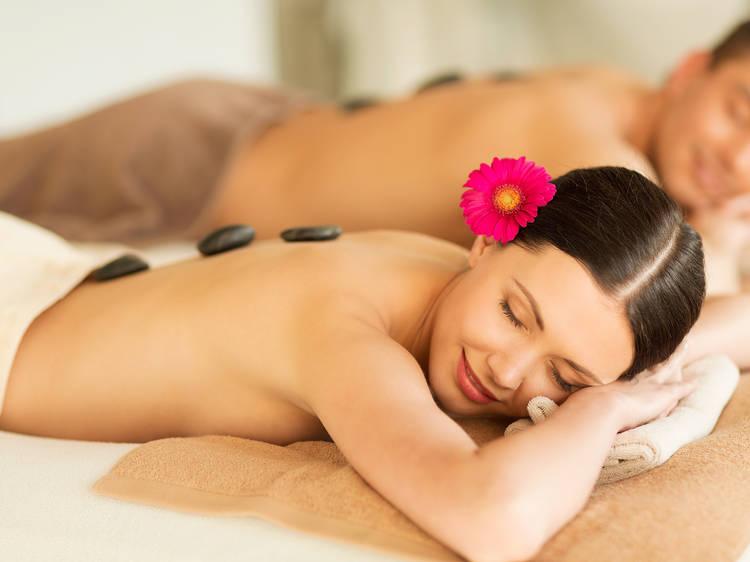 Masaje relajación compartida en pareja