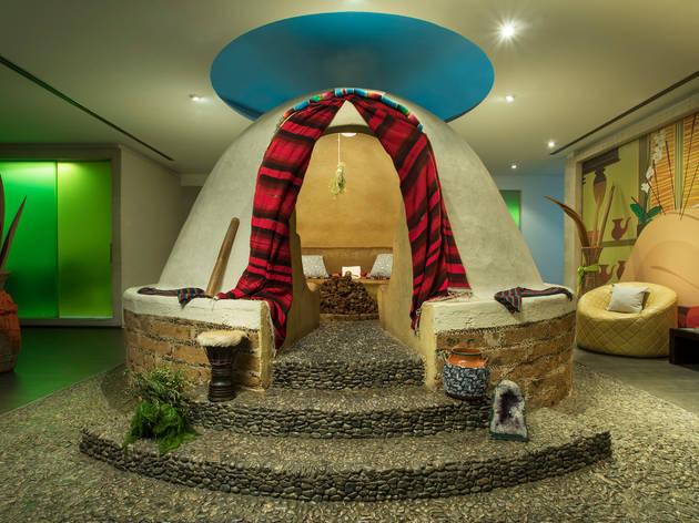 Away Spa cuenta con sesiones normales de masaje, pero también cuenta un temazcal