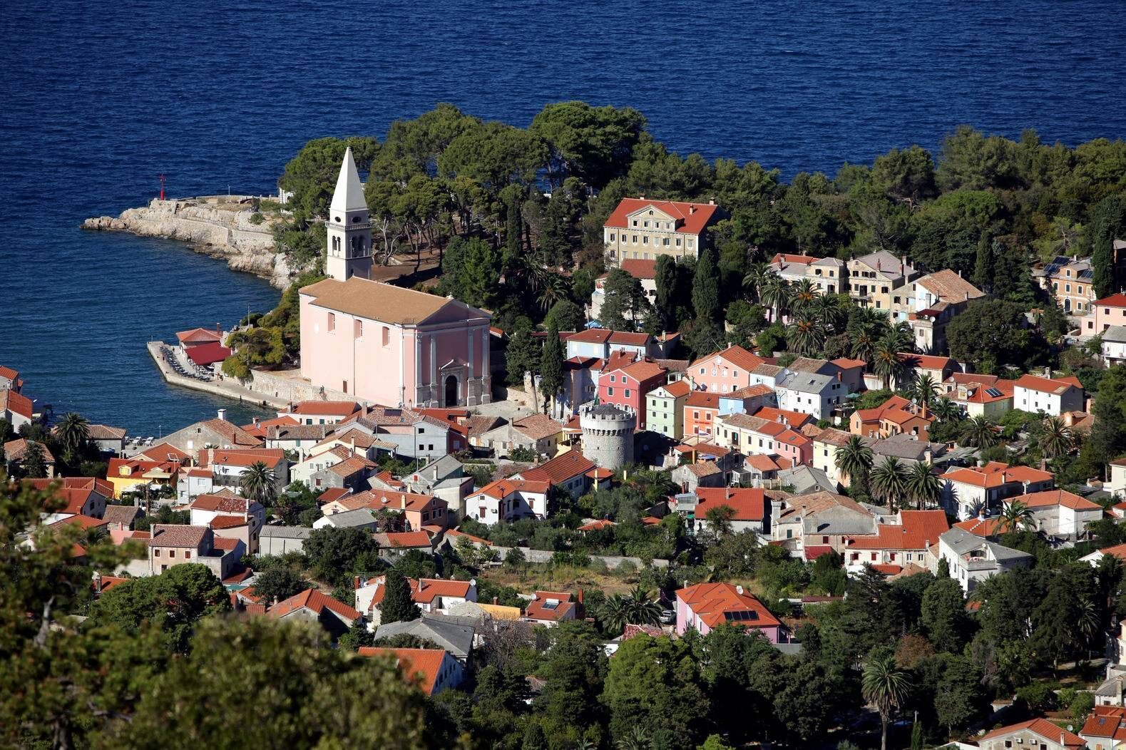 Veli Lošinj and Church of St Anthony