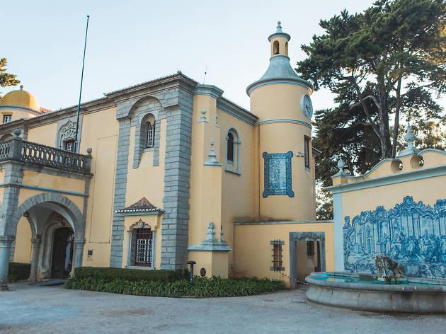 Museu, Cascais, Condes de Castro Guimarães