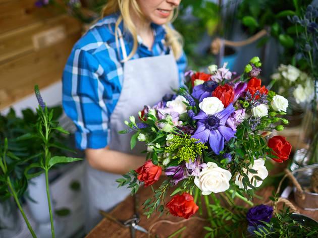 75% off a flower-arranging workshop