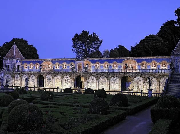 Palácio Fronteira à noite
