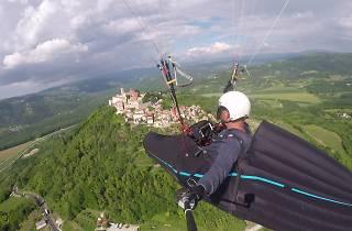 Paragliding above Motovun