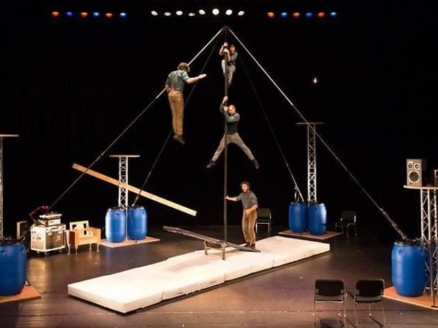 L'avis bidón, de Cirque La Compagnie