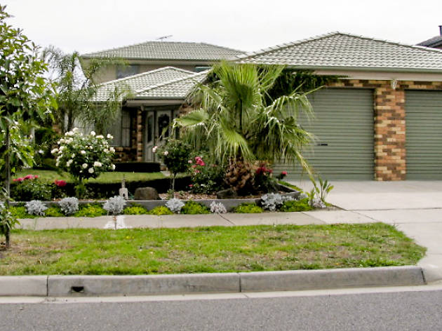 Photograph of the house from Kath and Kim as shot from the street
