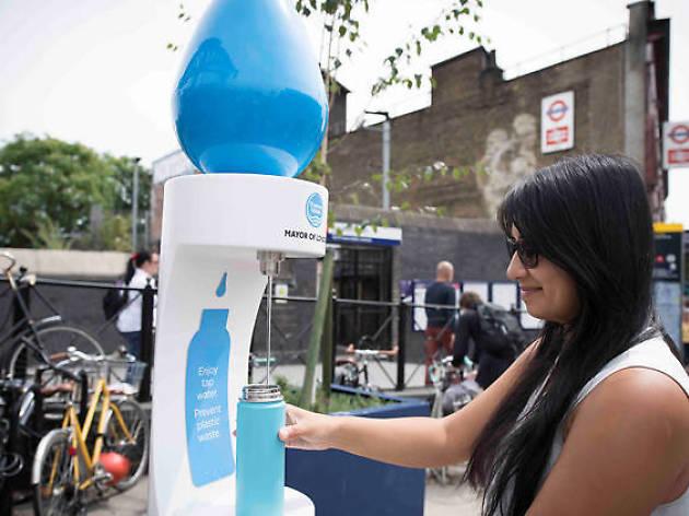Así son las fuentes de Londres que le plantan cara al plástico