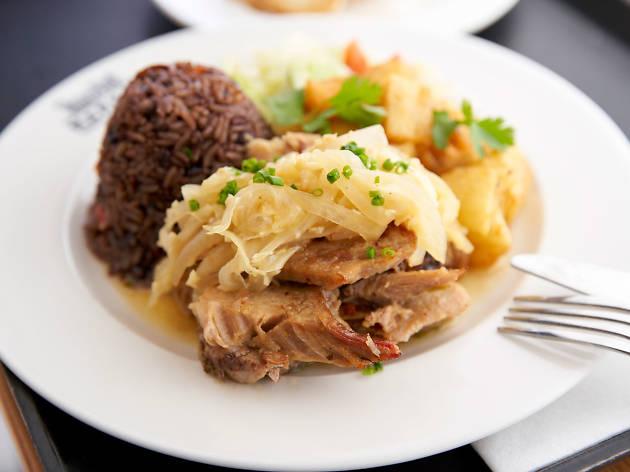 The Local Cuban Completa