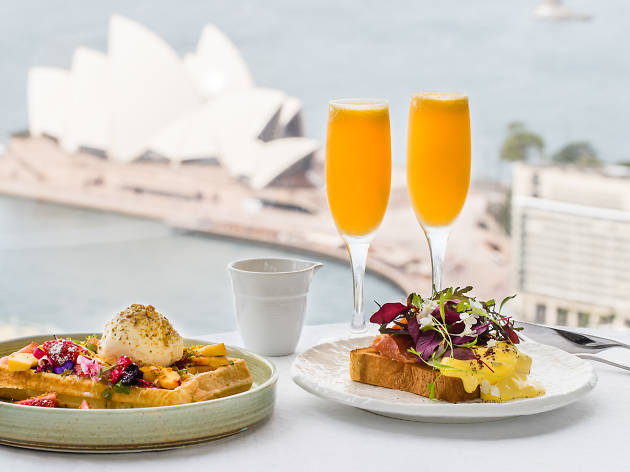 Get fancy at this sky-high brunch at the Shangri-La Hotel