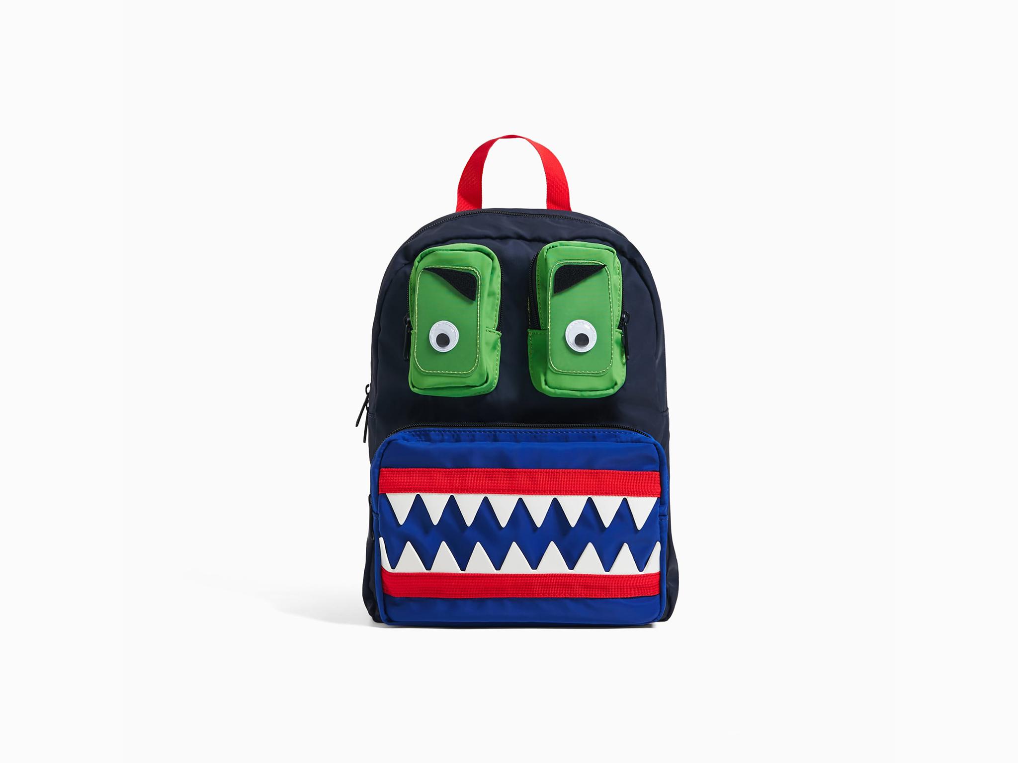 Volta às aulas nos EUA: lista de material inclui mochila