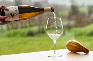 Wine pouring at Oakridge Winery
