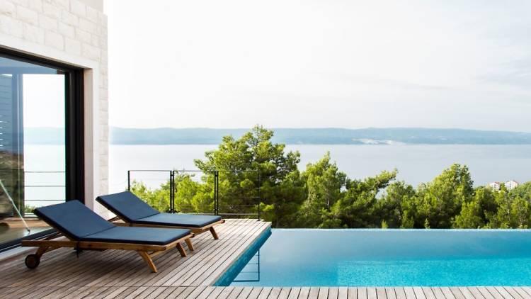 'Vila na osami sa spektakularnim pogledom i grijanim bazenom', Split