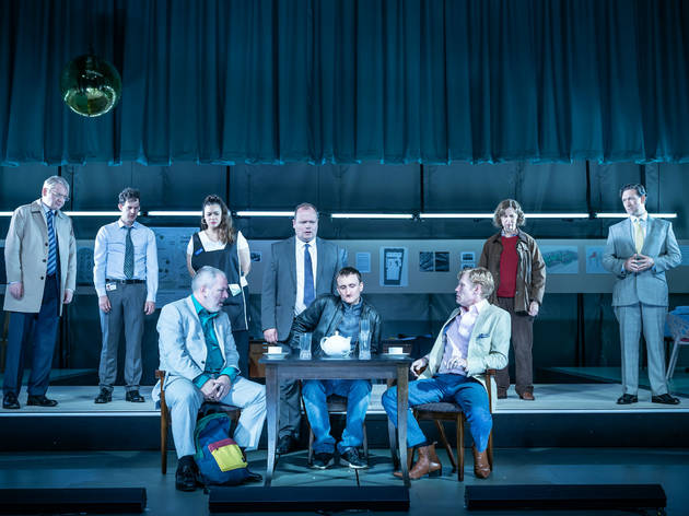 "<meta charset=""utf-8"" /><p><span>Lloyd Hutchinson as Dimitri Kovtun Tom Brooke as Alexander Litvinenko Michael Shaeffer as Andrei Lugovi&nbsp;</span></p>"