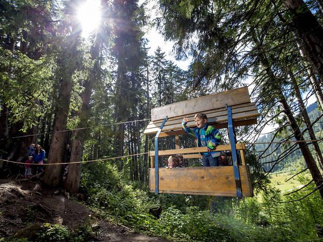 Muggestutz Kaeserstatt (Dwarf trail hike for kids)