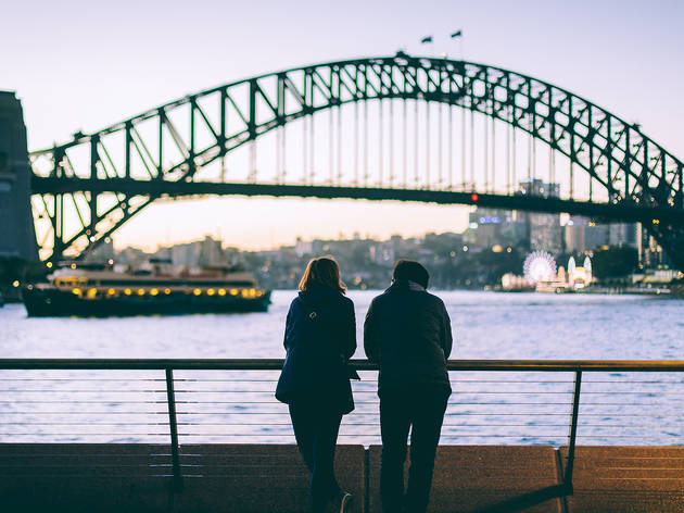 Generic couple in front of Harbour Bridge