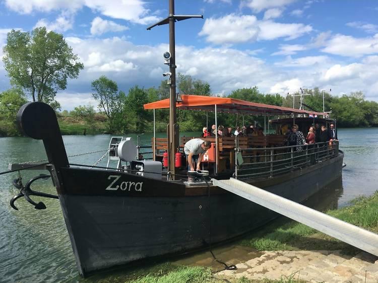 Sail down the Kupa river