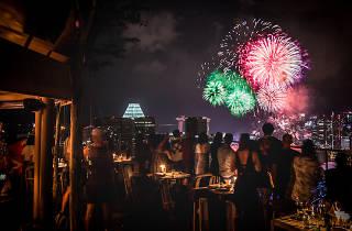 Andaz, Mr Stork, fireworks
