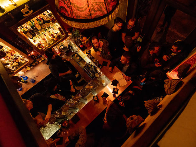 Hintaló bar in Budapest