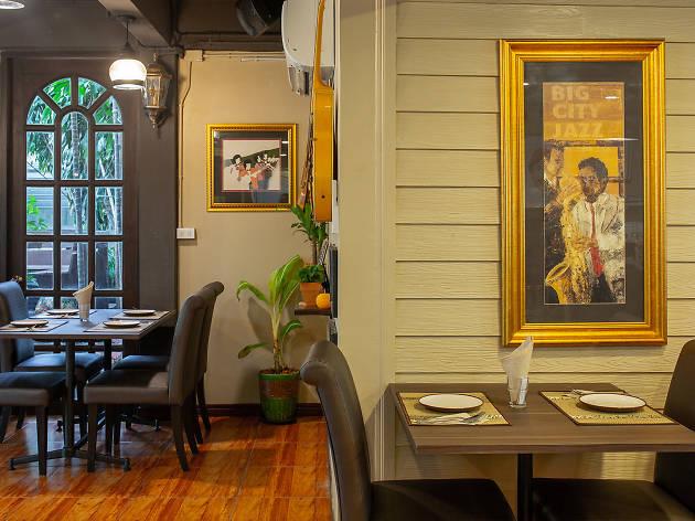Pāka Restaurant 02