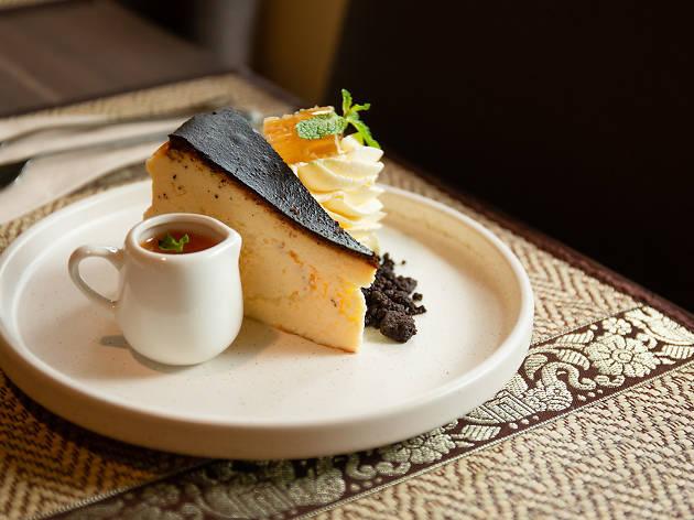 Pāka Restaurant 07