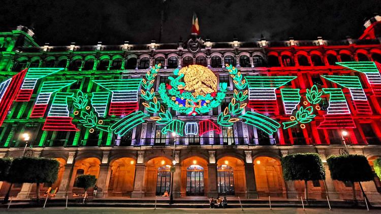 Luces del Zócalo por el 15 de septiembre 2019