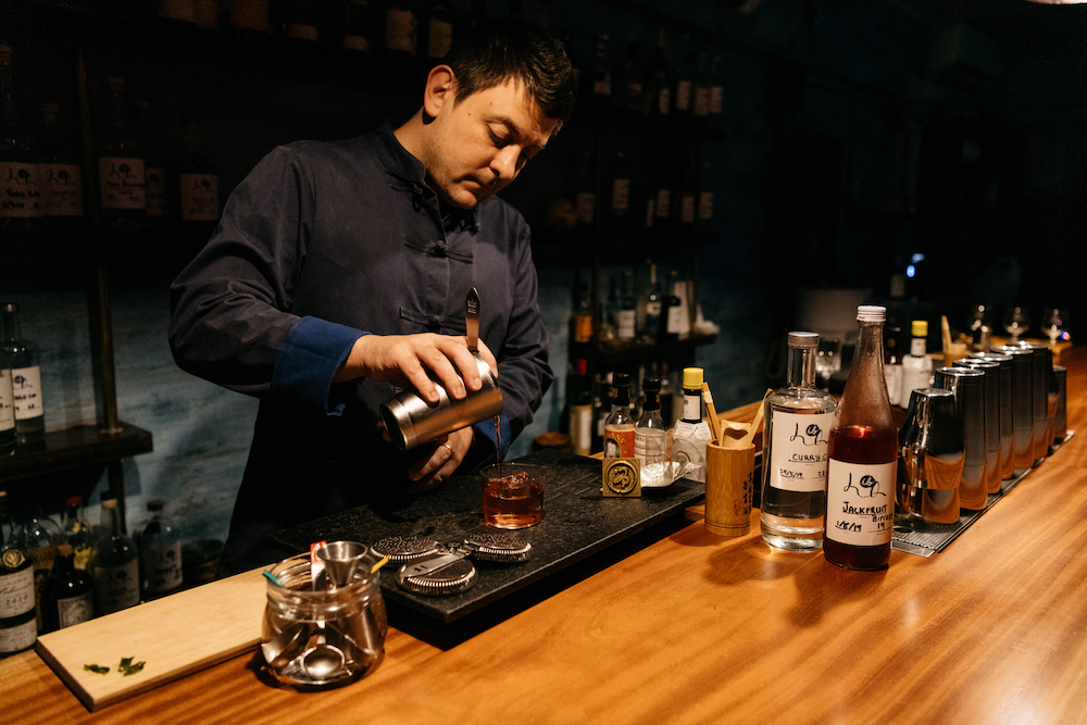 IB HQ's Kamil Foltan and Zurina Bryant share cocktail recipes you can try
