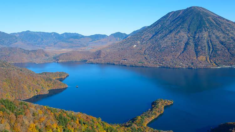 Lake Chuzenji and Mt Nikko-Shirane in autumn