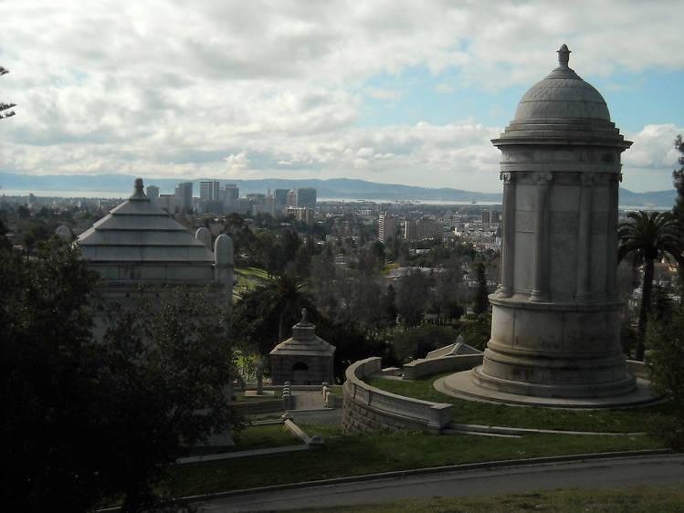Take a walk through Mountain View Cemetery