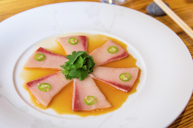 Robert de Niro obre un restaurant de sushi a Sants!