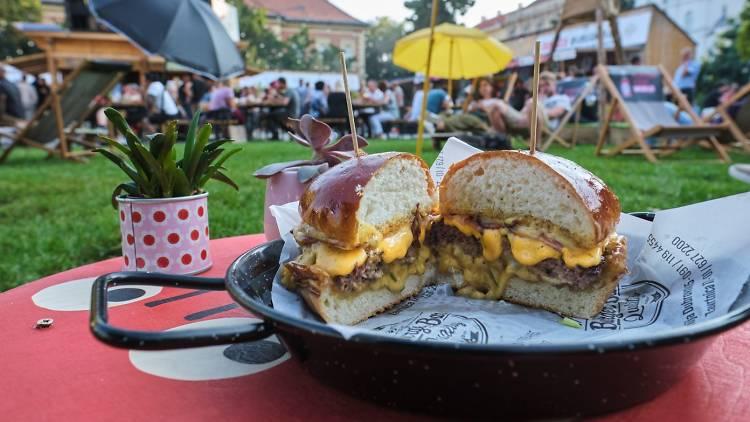 Prime Bacon Butter Burger: Burger Bar