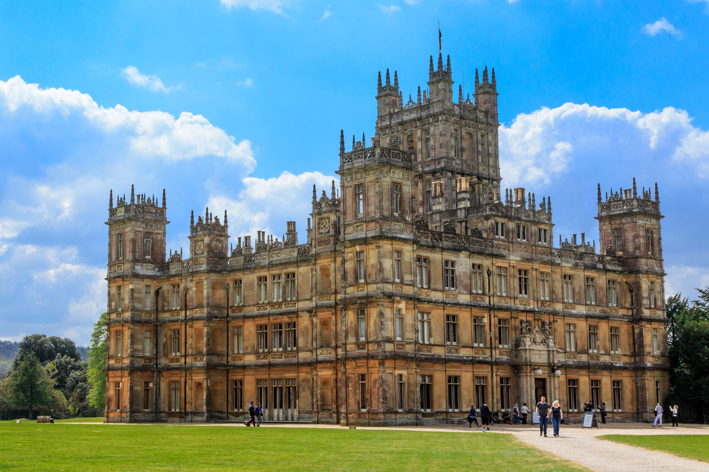 You can now stay in the real-life 'Downton Abbey' via Airbnb